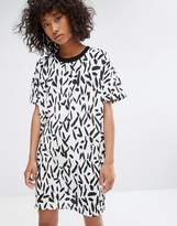 Noisy May Contrast Collar Print Dress