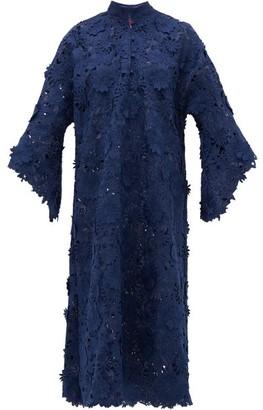 La Vie Style House - No.346 3-d Floral Guipure-lace Kaftan Dress - Womens - Navy