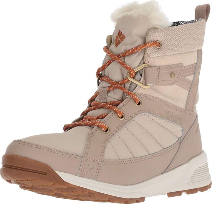 Columbia Women's Meadows Shorty Omni-Heat 3D Mid Calf Boot