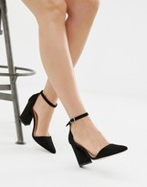 Glamorous pointed block heeled shoes in black
