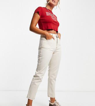 Reclaimed Vintage The '91 mom jean in ecru wash