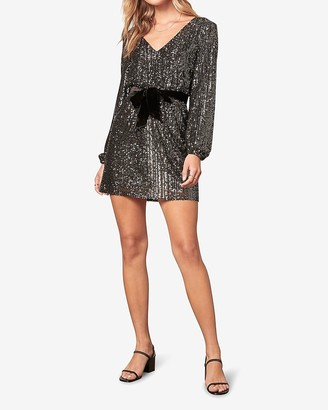 Express Bb Dakota Long Sleeve Sequin Shift Dress