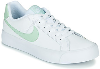 Nike COURT ROYAL AC women's Shoes (Trainers) in White