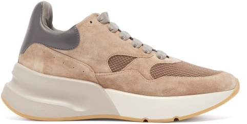 Alexander McQueen Runner Raised Sole Low Top Suede And Mesh Trainers - Womens - Light Tan