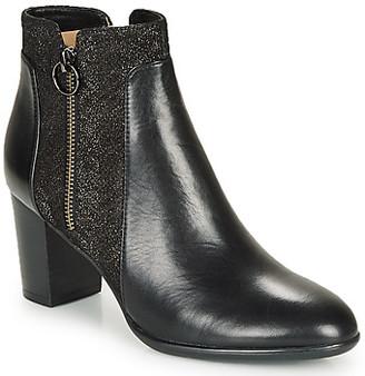 JB Martin CARLI women's Low Ankle Boots in Black