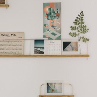 gllu - Large Super Poses Photo Shelf