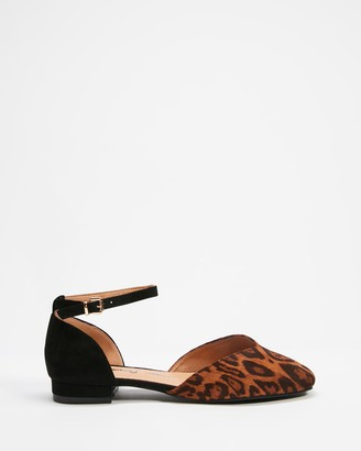 Betsy - Women's Black Ballet Flats - Cut Out Ballet Flats - Size 38 at The Iconic