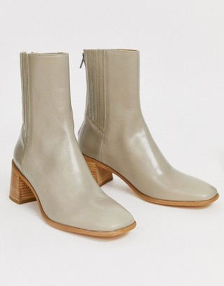 Miista Eeight E8 by Inka leather mid heeled boot with wooden heel in taupe-Beige