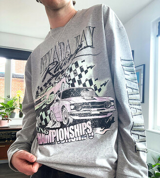 Reclaimed Vintage inspired long sleeve t-shirt with nevada print in grey