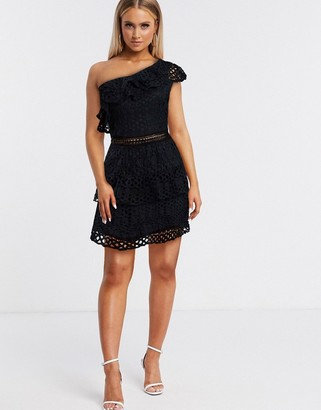 I SAW IT FIRST one shoulder crochet lace dress in black