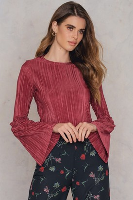 NA-KD Pleated Frill Sleeve Top Red