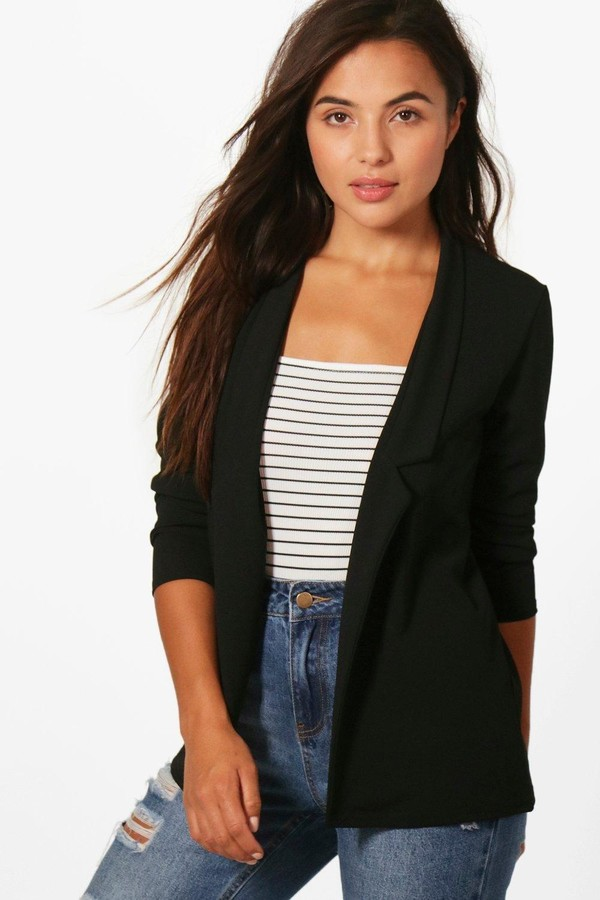 boohoo Petite Notch Detail Oversized Boyfriend Blazer