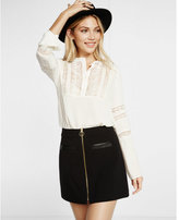 Express lace half placket band collar blouse