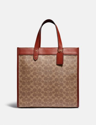 Coach Field Tote In Signature Canvas With Horse And Carriage Print
