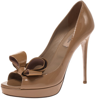 Valentino Beige Patent Leather Bow Peep Toe Platform Pumps Size 39