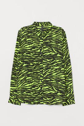 H&M Patterned shirt