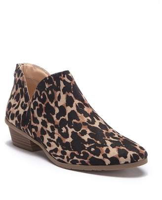 Kenneth Cole Reaction Side Way Leopard Print Ankle Bootie