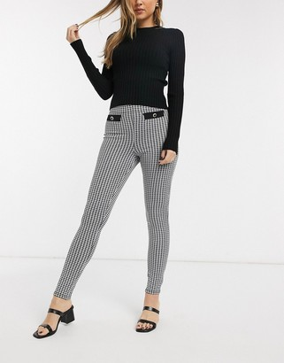 Miss Selfridge slim leg pants in dogtooth print