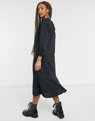 New Look flute hem sweat midi dress in black