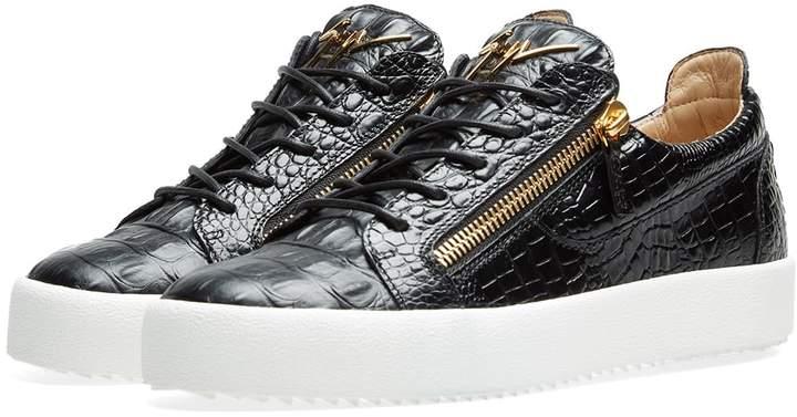 839c12513ef13 Giuseppe Zanotti Gold Men's Sneakers | over 10 Giuseppe Zanotti Gold Men's  Sneakers | ShopStyle