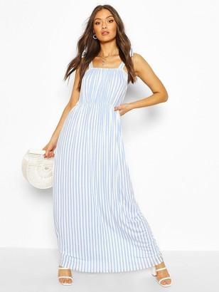 boohoo Tie Shoulder Elasticated Waist Maxi Dress - White/Blue