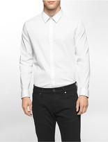 Calvin Klein Classic Fit Infinite Cool Dobby Shirt