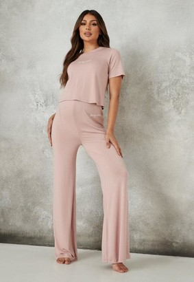 Missguided Rose Script Maternity Top And Pyjama Bottoms Set