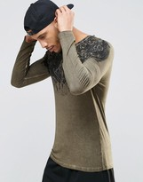 Asos Muscle Long Sleeve T-Shrit With Yoke Print And Pigment Wash