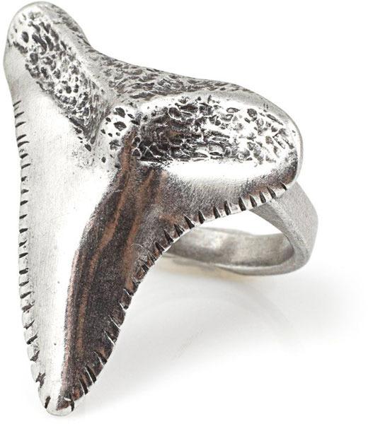 Vanessa Mooney Shark Tooth Ring