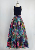 Eliza J Party Prestige Floral Maxi Dress in Navy in 6