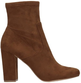 Steve Madden Pattie High Heels Ankle Boots In Brown Suede