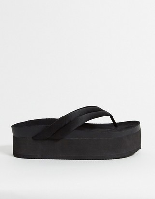 Monki Sophie recycled polyester thong flatform sandal in black