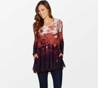 Logo by Lori Goldstein Printed Swing Top with Lace at Hem