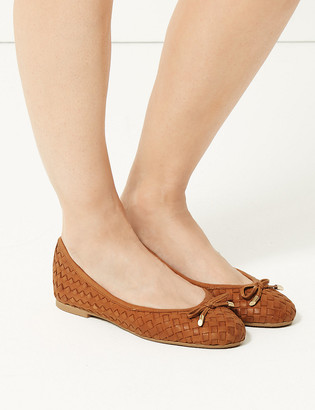 Marks and Spencer Wide Fit Leather Woven Pumps