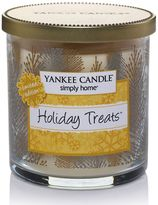Yankee Candle simply home Holiday Treats 7-oz. Tree Jar Candle