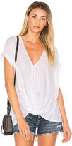 Bobi Feather Weight Jersey Knot Tee in White. - size M (also in S,XS)