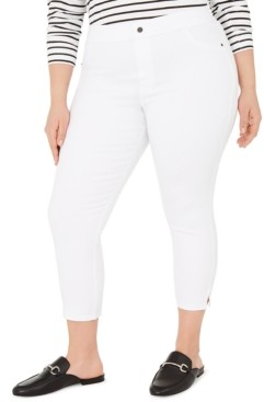 Hue Plus Size Classic Smooth Denim Capris