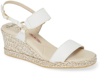 Amalfi by Rangoni Luc Wedge Sandal