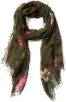 Gap Camo floral fringe scarf