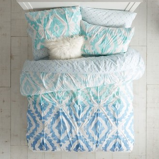 Pottery Barn Teen Kelly Slater Ikat Shells Quilt - Get The Look