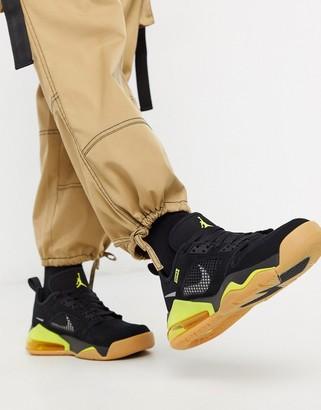 Jordan Nike Mars 270 Low trainers in black/yellow