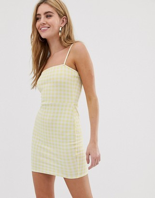 Daisy Street square neck cami dress in gingham-Yellow