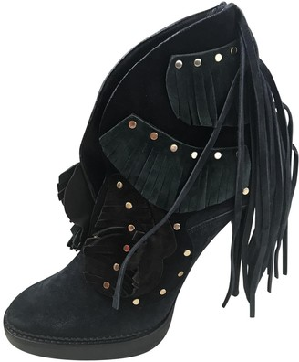 Burberry Navy Suede Ankle boots