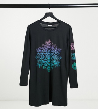 Noisy May exclusive t-shirt dress with motif in black