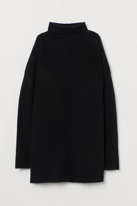 H&M Cashmere Turtleneck Sweater - Black