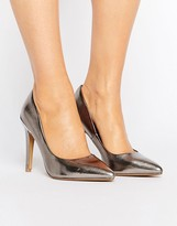 Head Over Heels By Dune Addelyn Metallic Point Pumps