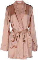Araks Robes