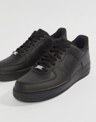 Nike Force 1 '07 Sneakers In Black
