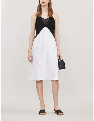 Victoria Victoria Beckham Pleated-skirt crepe dress