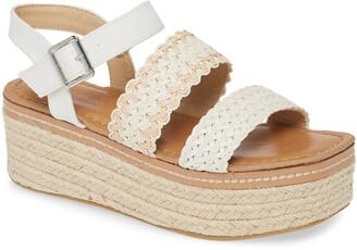 Chinese Laundry Zinger Platform Sandal